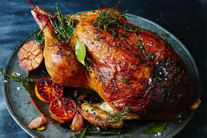 澳洲天然品牌Lilydale的走地火雞,是用來在家烤制聖誕火雞的好食材。圖:Feather & Bone