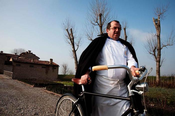 有火腿之神稱號的Massimo Spigaroli。