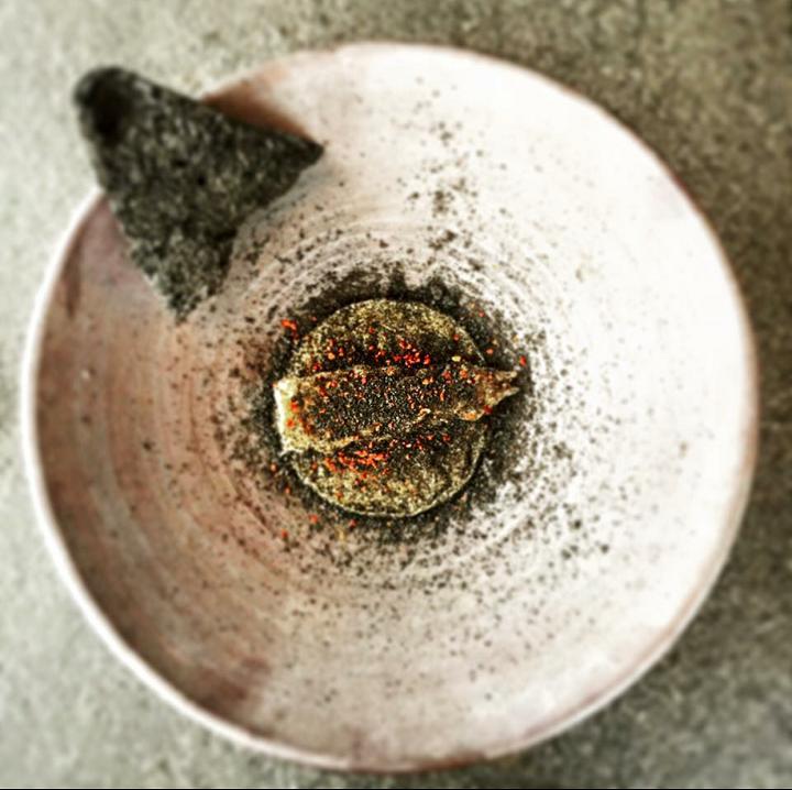 Langoustine with Black Garlic Cake Crumbs (Photo: Bjoern Alexander Panek & Henrik Hui)