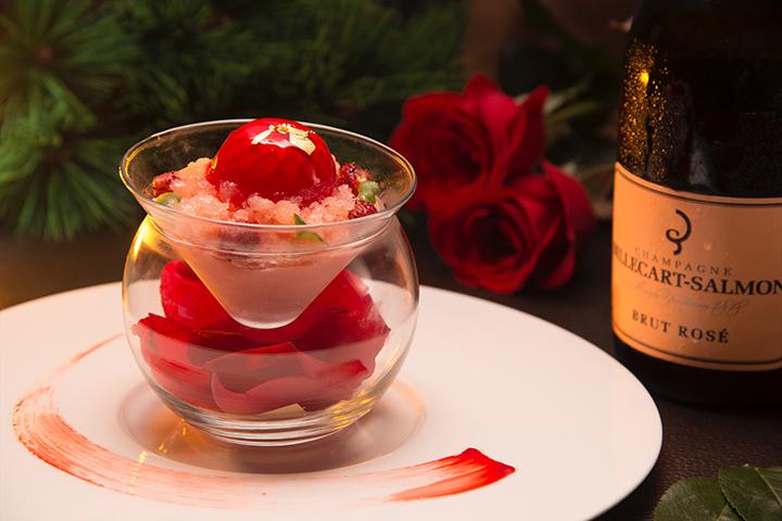 在Seasons供應的玫瑰香檳碎冰配乳酪及白朱古力慕絲 (圖:Seasons by Olivier E.)