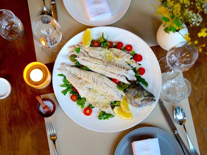 Mercato的鹽焗日本海鱸魚。(圖:Mercato)