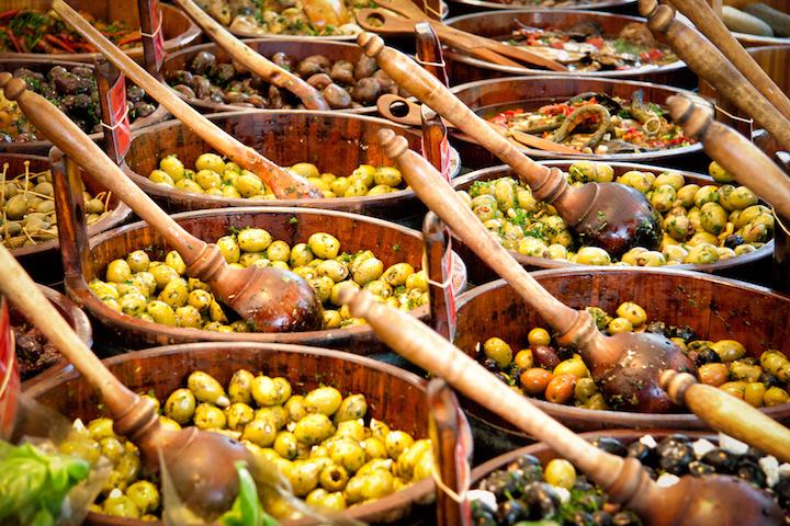 醃漬橄欖的作法多種多樣。