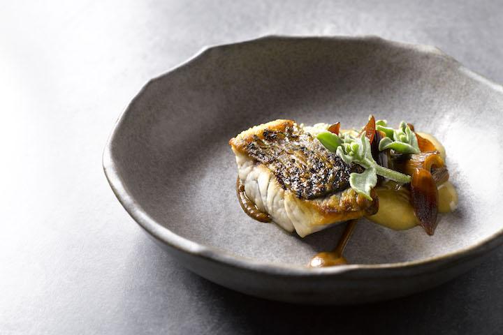 Cheek by Jowl 菜式,澳洲肺魚、京蔥、鰹魚風味牛油。