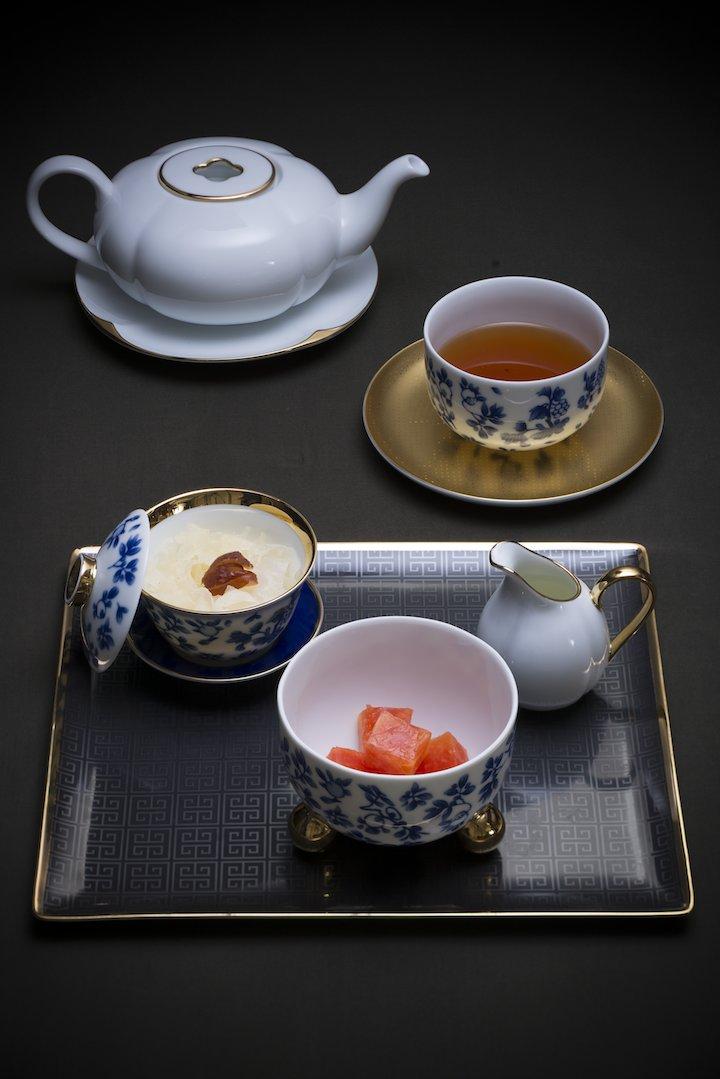 天龍甜品薈萃(萬壽果)配天山雪菊