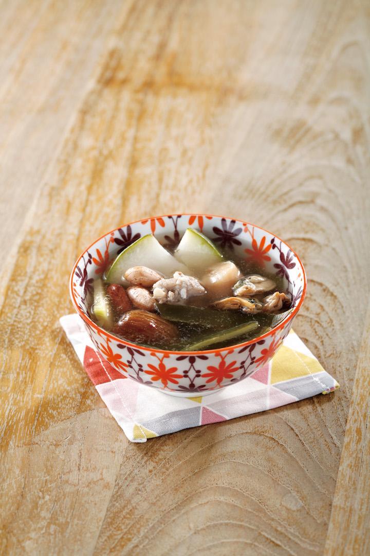 冬瓜海帶瑤柱花生湯。圖片來源:《飲湯2-小兒調理體質由飲湯開始》