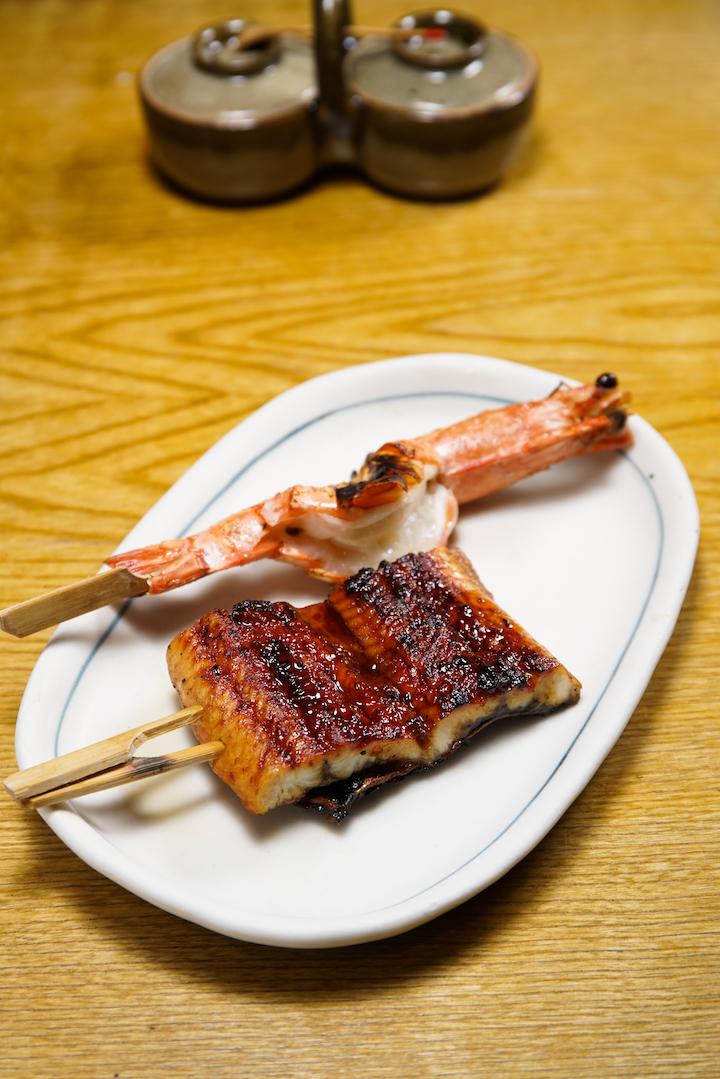 錦的餐牌沒有很炫目的項目,但每串燒物都老老實實在在爐火上面烤成,火候、質感都非常出色。(攝影:黃健峰)